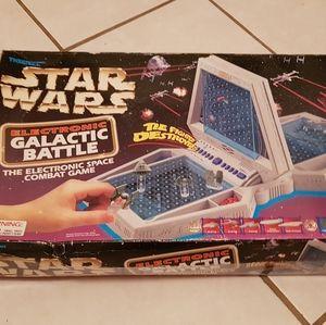 Retro Star Wars Battle Ship